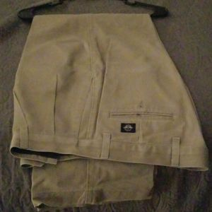 men's khaki dockers